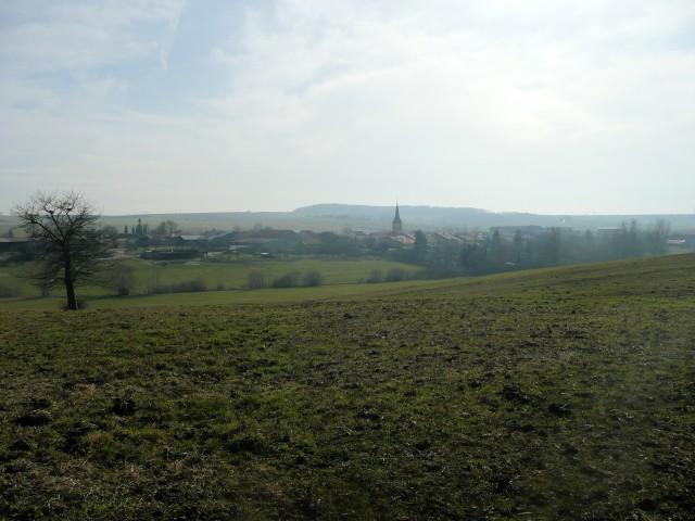 vue de notre petit village prise depuis nos parcs.